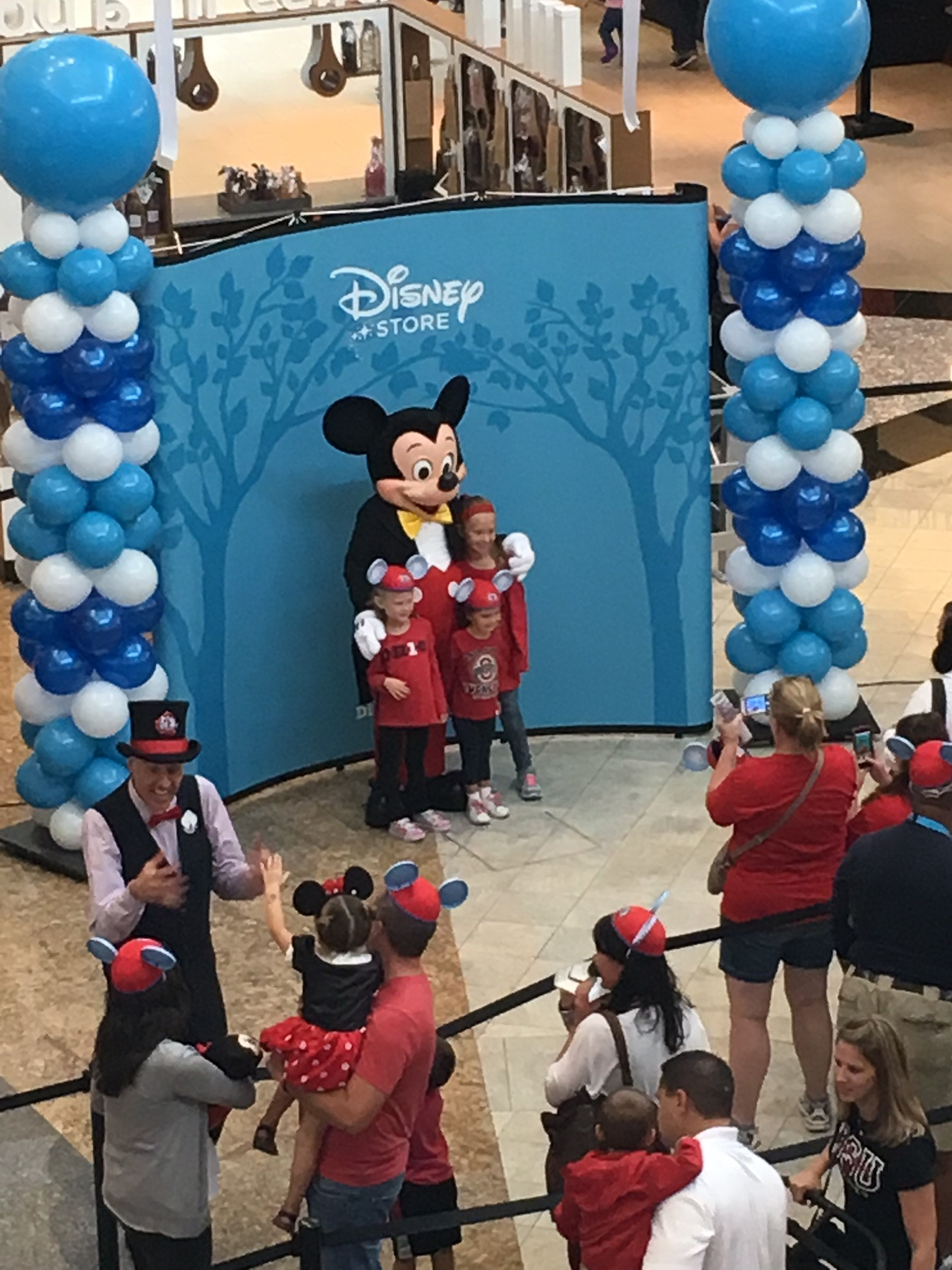 Grand Opening of the Disney Store at Polaris Fashion Place